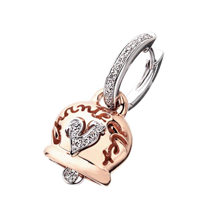 Campanella in oro rosa, diamanti e gallo in pavé di diamanti